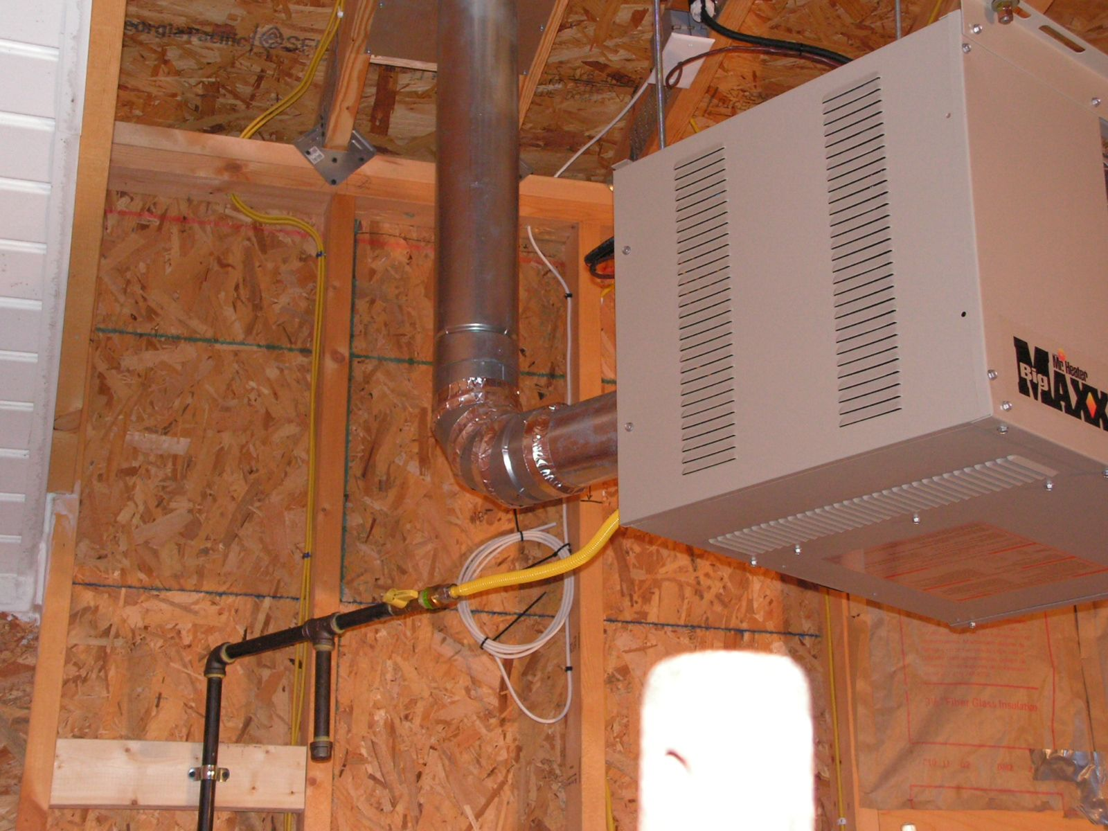 bottomunion pin heaters com mounted gas natural wall garage
